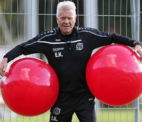 "Edward Kowalczuk: Seit 1986 bei den ""Roten"". Foto: Hannover 96"