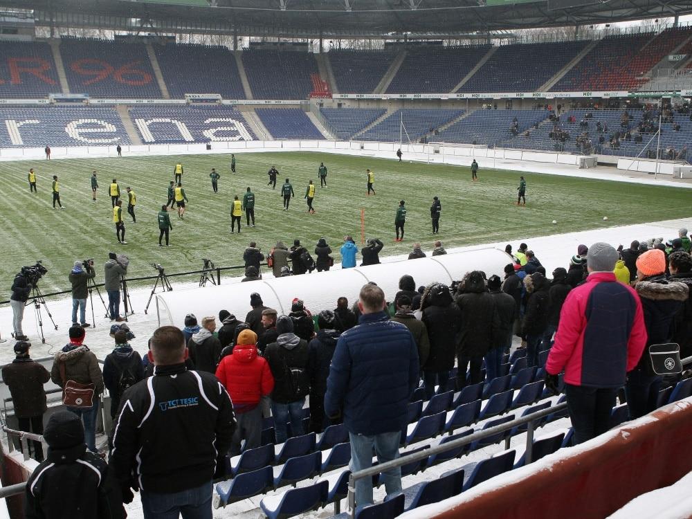 Breitenreiter zieht alle Optionen in Erwägung (Photo by firo Sportphoto/firo Sportphoto/SID/)