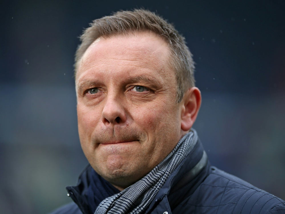 Stimmungsboykott: Breitenreiter appelliert an 96-Fans (Photo by PIXATHLON/PIXATHLON/SID/)