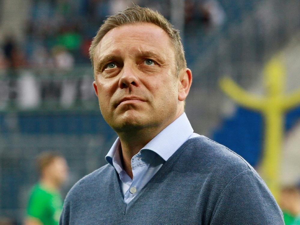 96-Coach Breitenreiter und sein Team siegen gegen Udine (Photo by PIXATHLON/PIXATHLON/SID/)