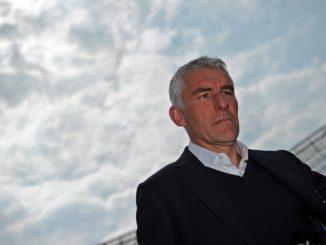 Mirko Slomka: Der Erfolgstrainer (Platz 4 in der Bundesliga, Europa League-Viertelfinale) ist bei den 96-Fans trotz seiner sportlichen Erfolge umstritten. Foto: Getty Images