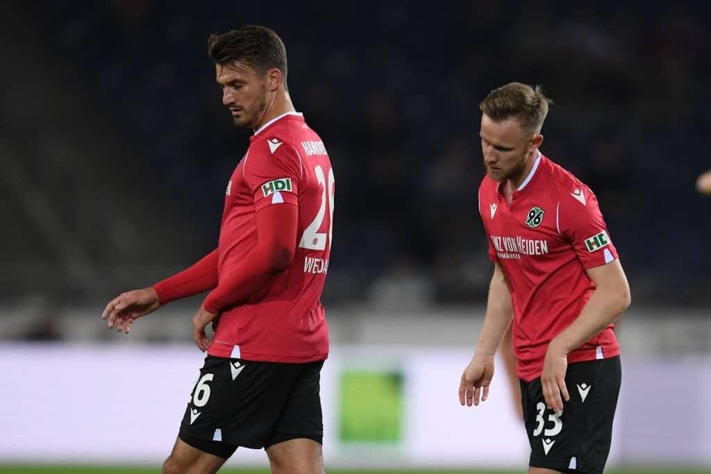 Hannover-96-v-1.-FC-Nürnberg-Second-Bundesliga-1570732936